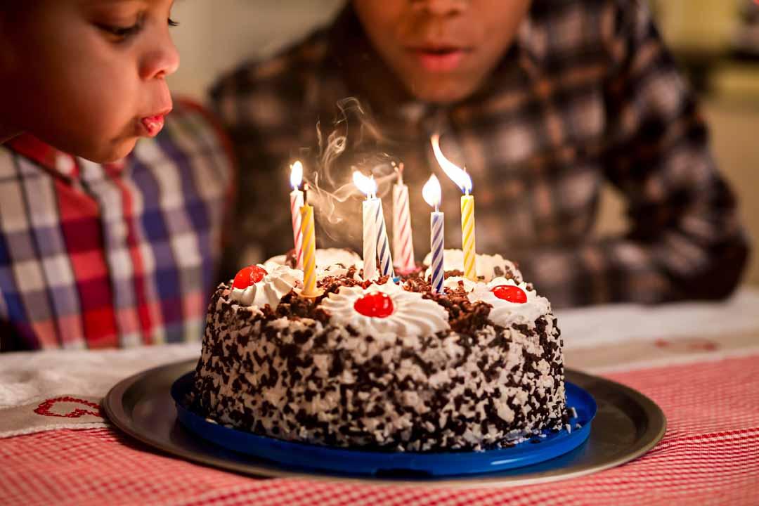 host a children's party 2
